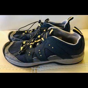 Men's Lands End Water Hiking Shoes Sneakers sz 8D